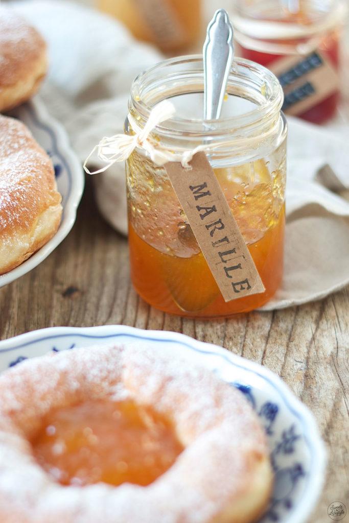 Bauernkrapfen mit Marillenmarmelade gefüllt von Sweets & Lifestyle®