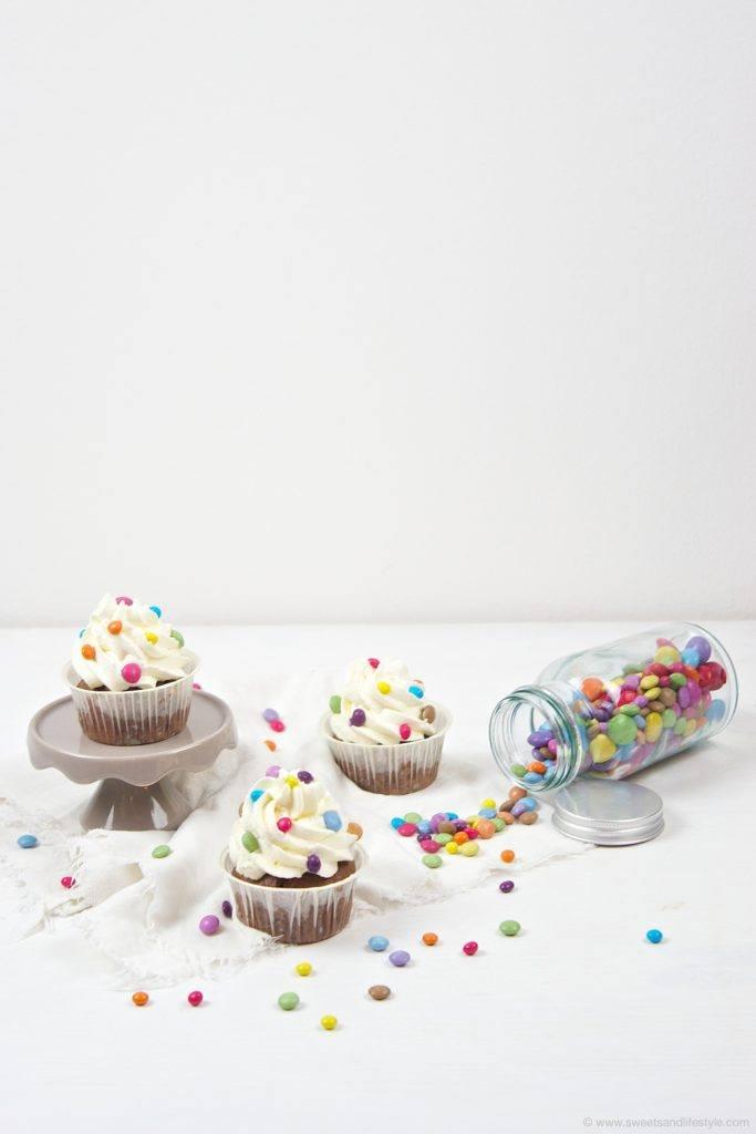 Bunte Faschingscupcakes nach einer Idee von Sweets and Lifestyle