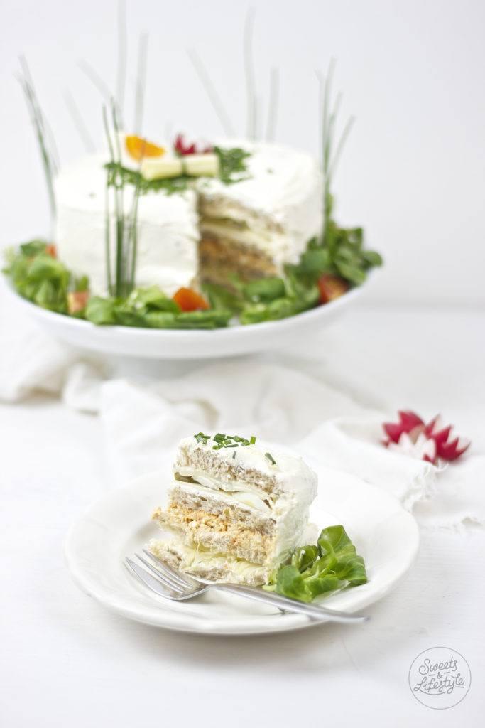 Sandwichtorte fuer den Brunch und als pikante Geburtstagstorte von Sweets and Lifestyle