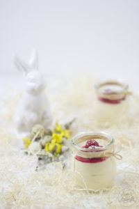 Eines der besten Osterbrunch Rezepte von Sweets and Lifestyle - Schnelles Eierlikoer Mousse nach einem Rezept von Sweets and Lifestyle