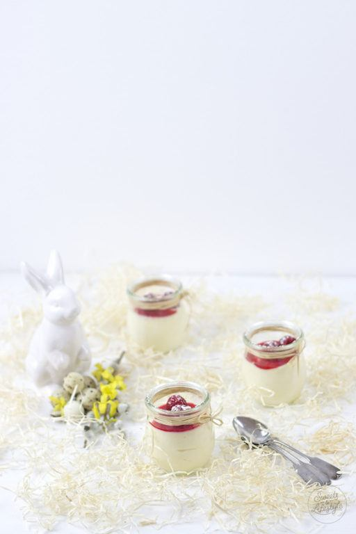 Leckeres, schnell gemachtes, Eierlikoer Mousse fuer Ostern von Sweets and Lifestyle