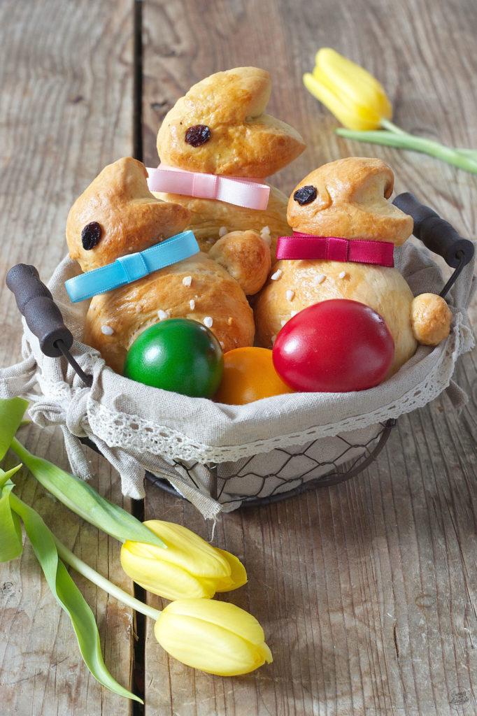 Osterhase aus Germteig mit Kindern backen wie Sweets & Lifestyle®