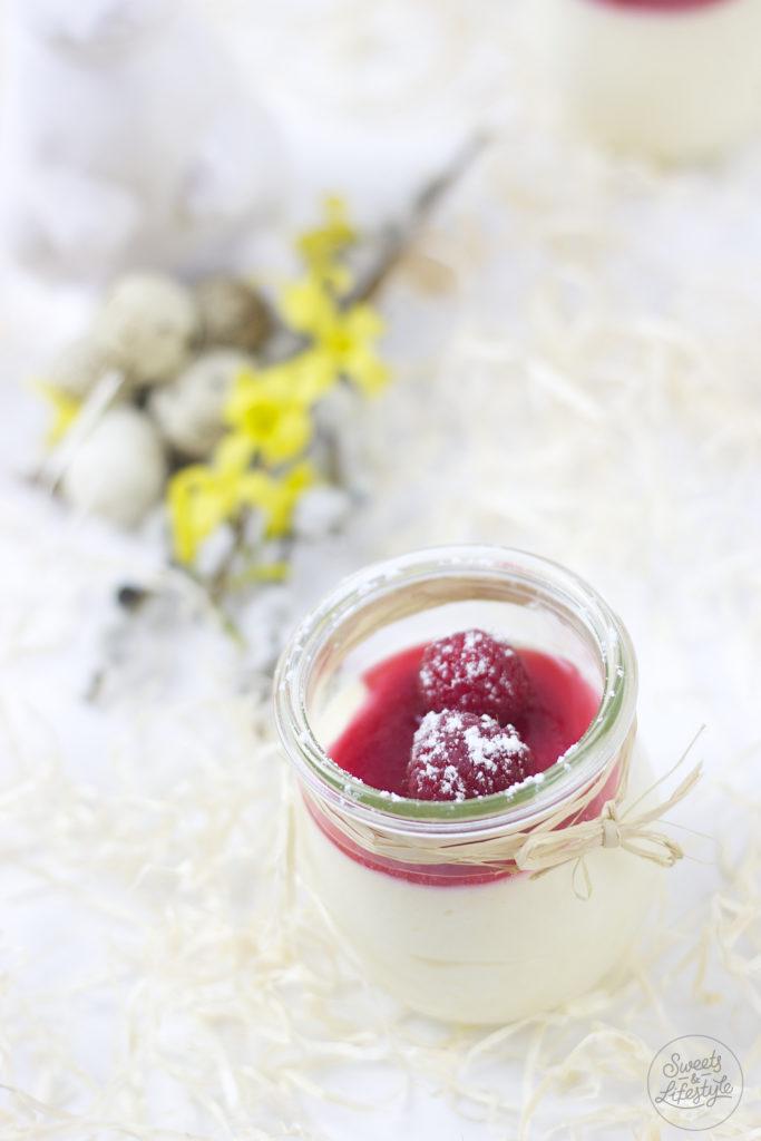 Schnelles Eierlikoer Mousse bestehend aus nur fuenf Zutaten fuer Ostern von Sweets and Lifesyle