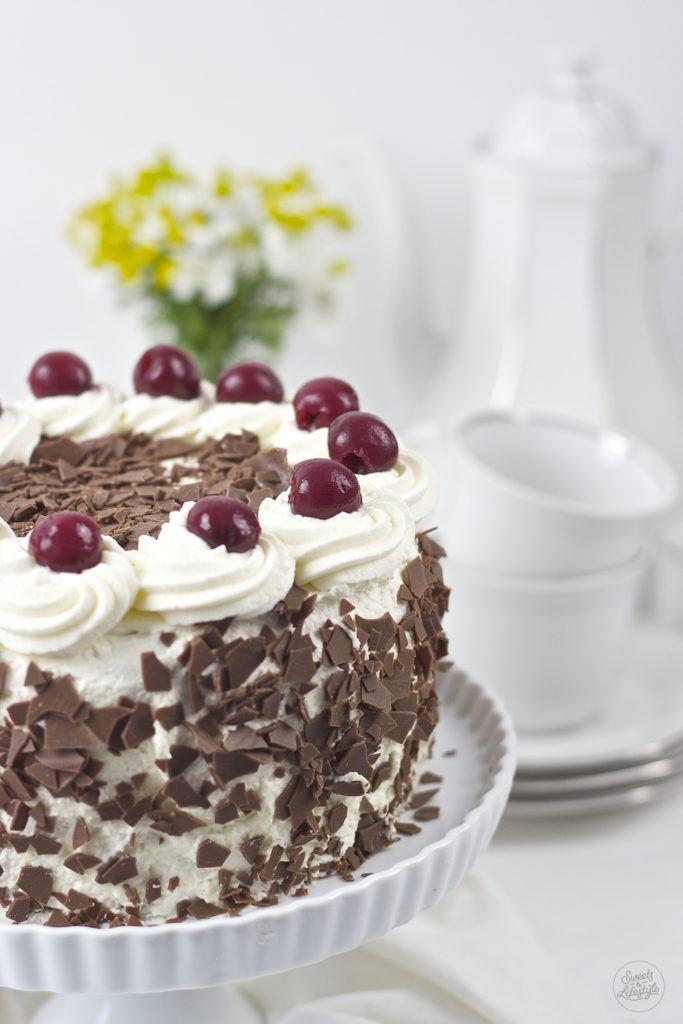 Leckere klassische Schwarzwälder Kirschtorte nach einem Rezept von Sweets and Lifestyle