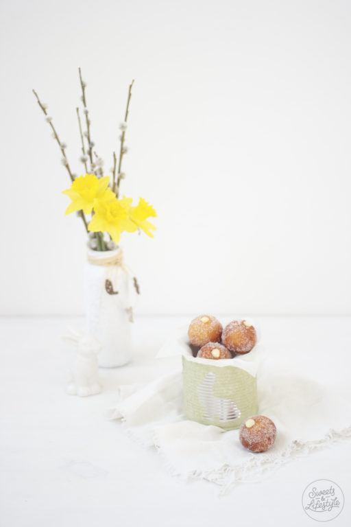 Super leckere Topfenbaellchen mit Eierlikoercreme nach einem Rezept von Sweets and Lifestyle