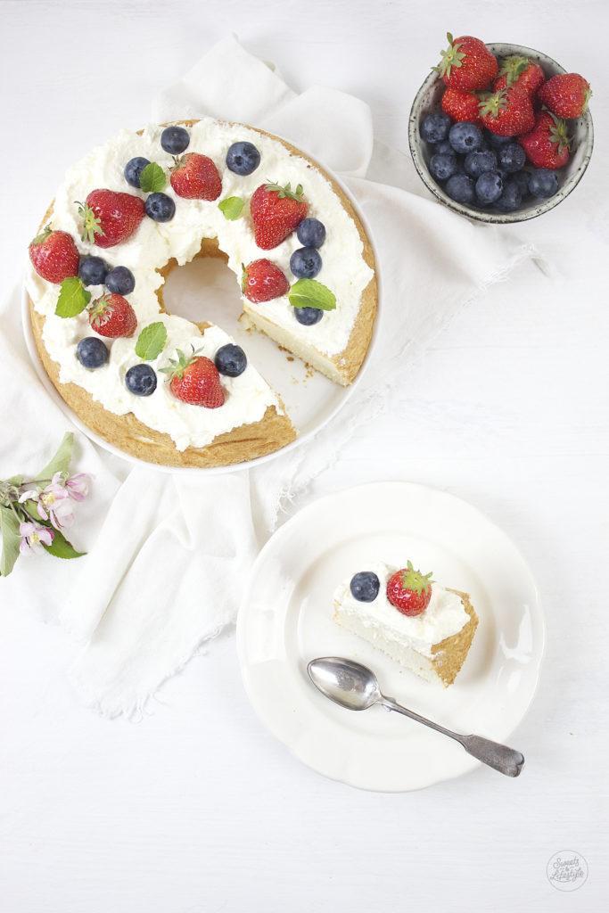 Die beste und leckerste Art zur Verarbeitung von zu viel Eiweiß Angel Food Cake von Sweets and Lifestyle