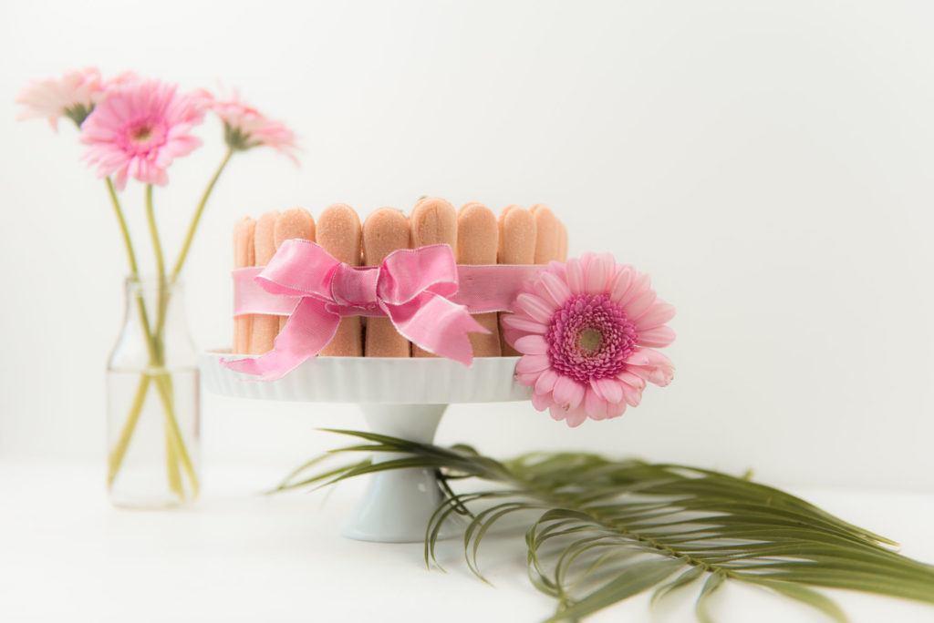 Leckere Erdbeer Charlotte fuer die Mama zum Muttertag von Sweets and Lifestyle