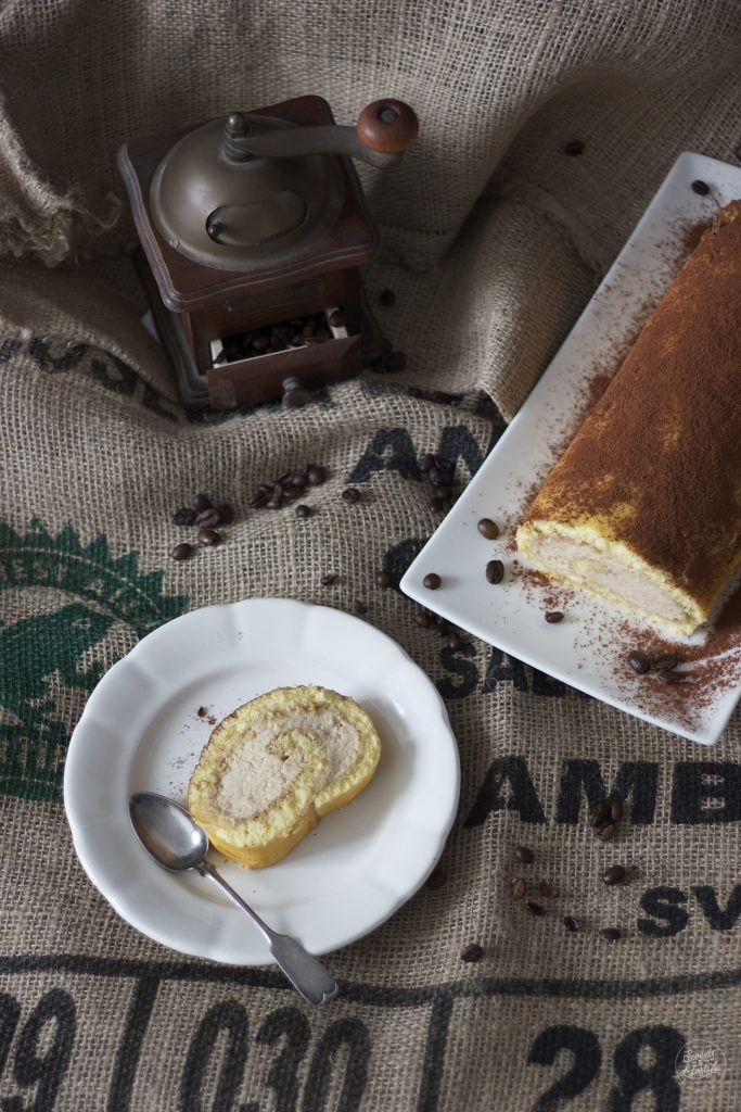 Koestliche Kaffeeroulade nach einem Rezept von Sweets and Lifestyle