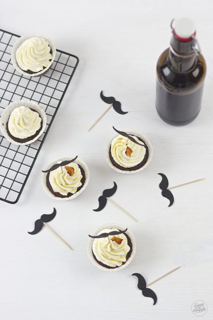 Leckeres Schoko Bier Cupcakes mit Bacon Chips Rezept von Sweets and Lifestyle
