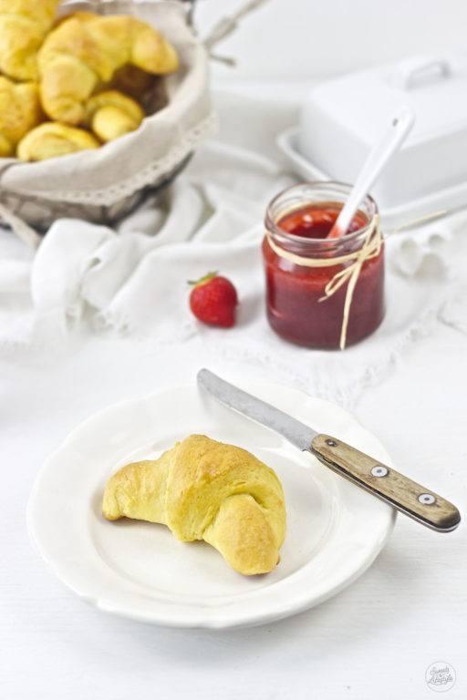 Rezept für selbst gemachte Butterkipferl von Sweets and Lifestyle