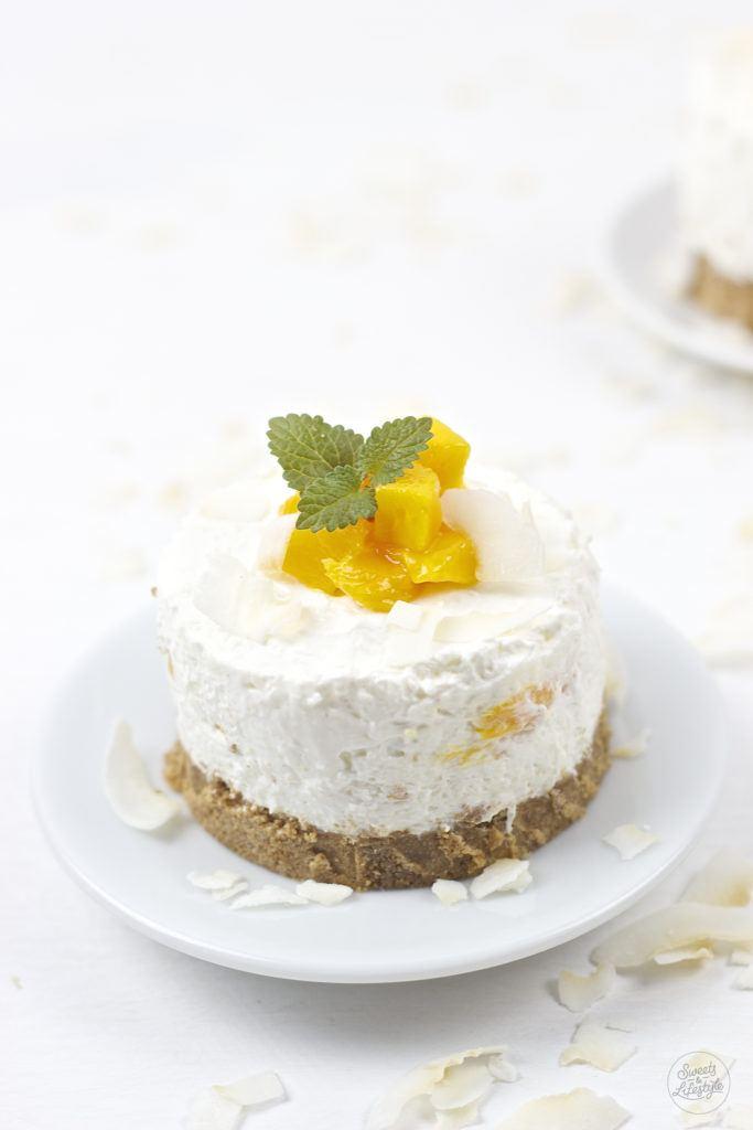 Sommerliche, leckere No Bake Mango Kokos Toertchen von Sweets and Lifestyle