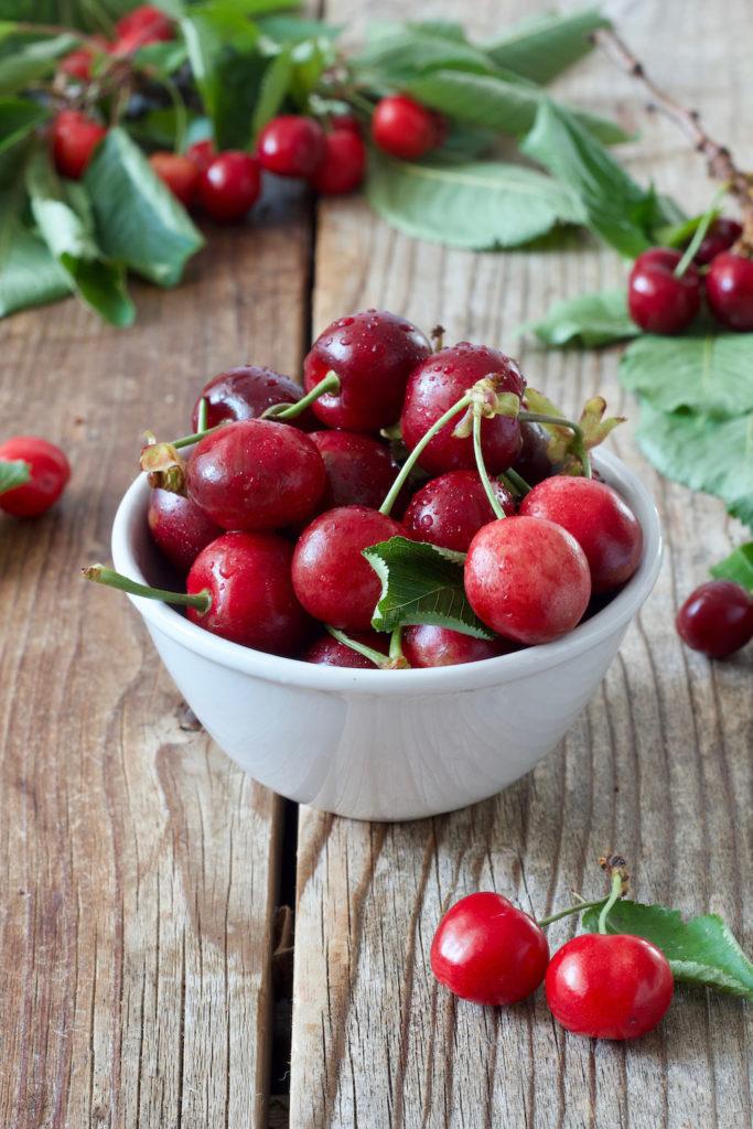 Frische Kirschen für den Kirschsirup von Sweets & Lifestyle®