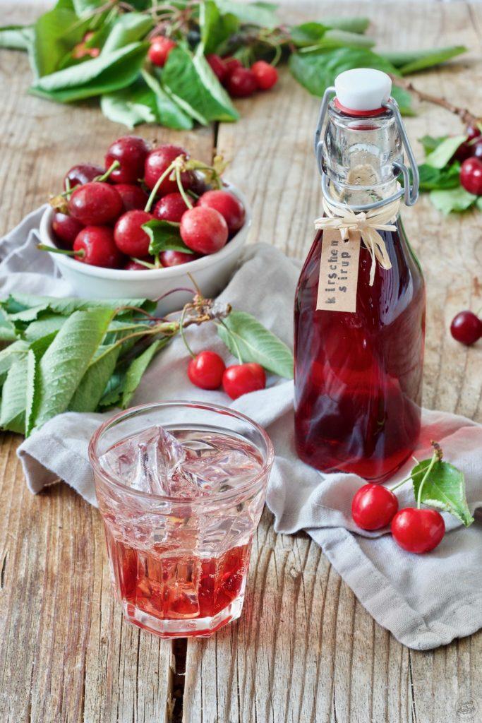 Kirschensirup selber machen nach dem Rezept von Sweets & Lifestyle®