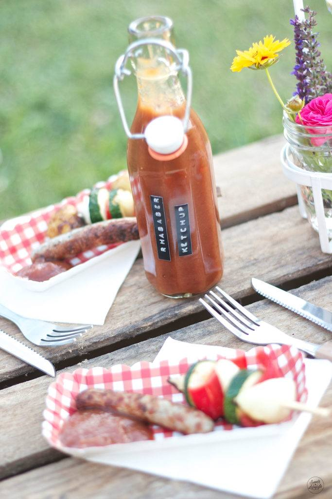 Pikantes Rhabarberketchup selbst gemacht von Sweets and Lifestyle