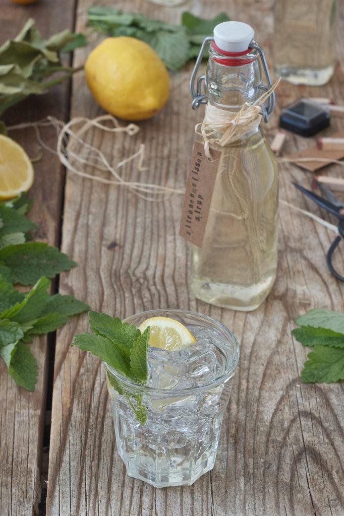 Erfrischender Zitronenmelissensirup von Sweets & Lifestyle®