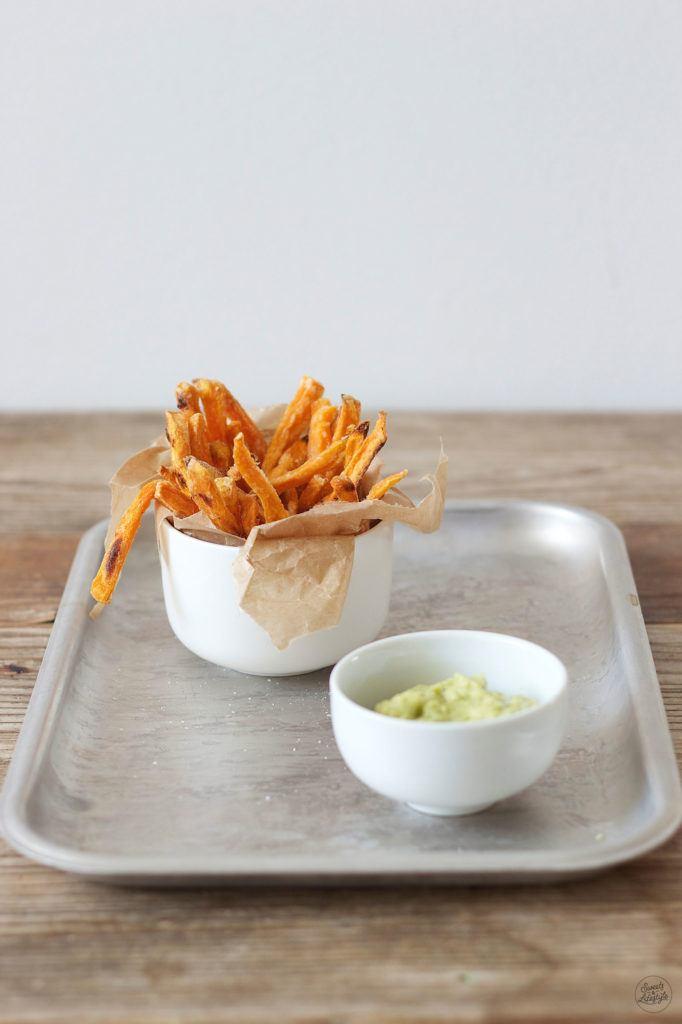 Knusprige Suesskartoffelpommes aus dem Backrohr von Sweets and Lifestyle