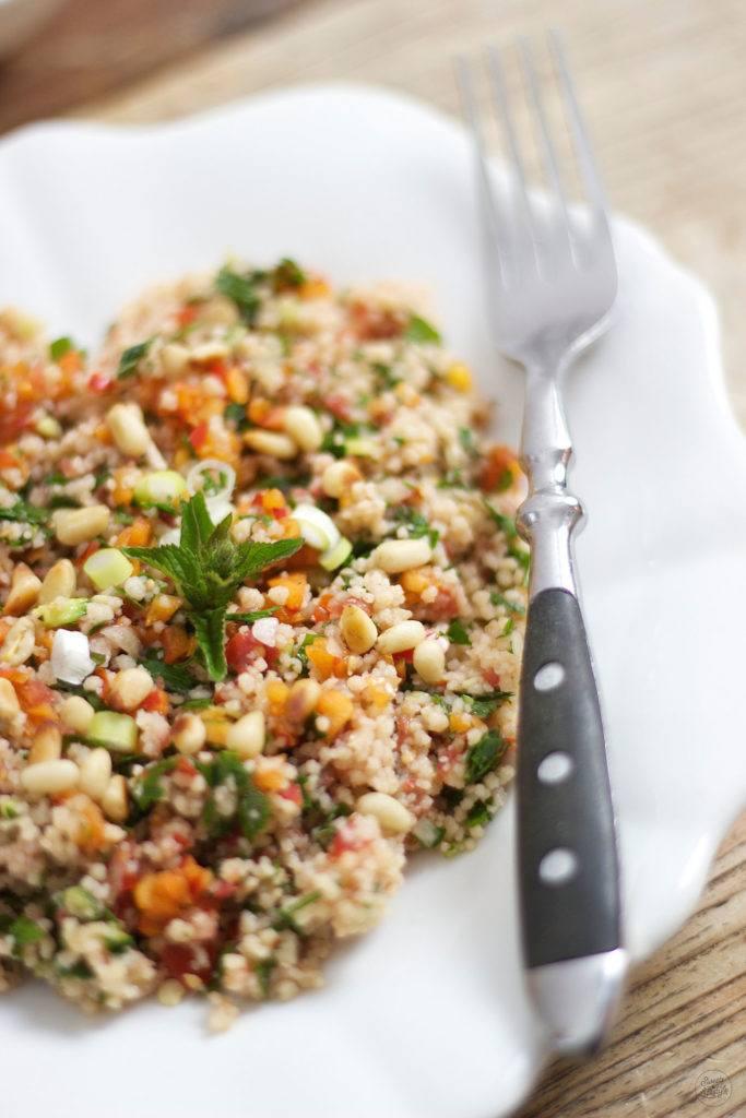 Der ideale Sommersalat ist die Tabouleh mit Marillen von Sweets and Lifestyle
