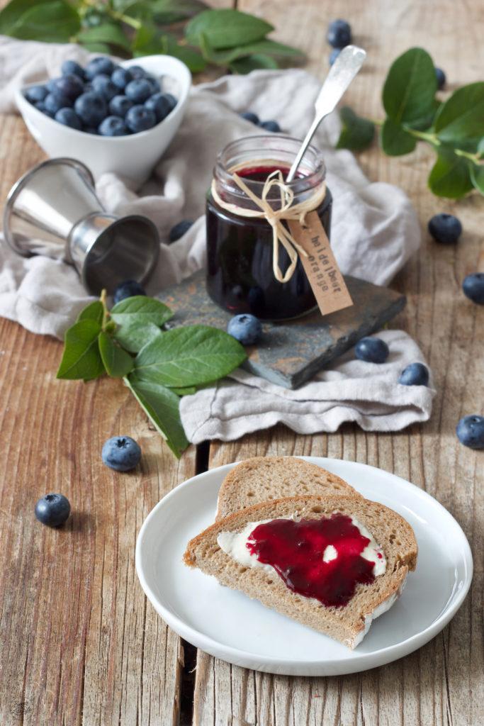 Hausgemachte Blaubeermarmelade mit Orangenlikör verfeinert von Sweets & Lifestyle®