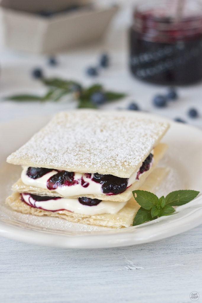 Millefeuille mit Heidelbeeren und leckerer Mascarpone Joghurt Creme von Sweets and Lifestyle