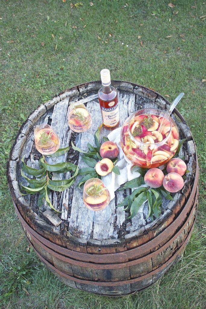 Koestliche sommerliche fruchtig frische Pfirsich Bowle von Sweets and Lifestyle