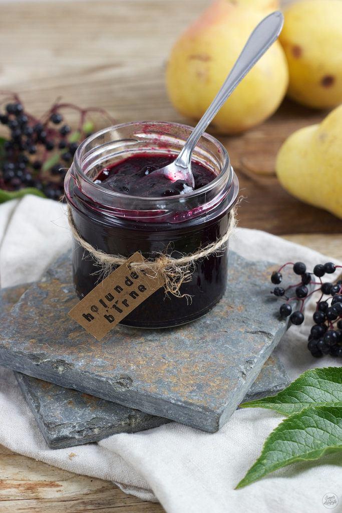 Holunder Birnen Marmelade mit einem Schuss Birnenbrand von Sweets & Lifestyle