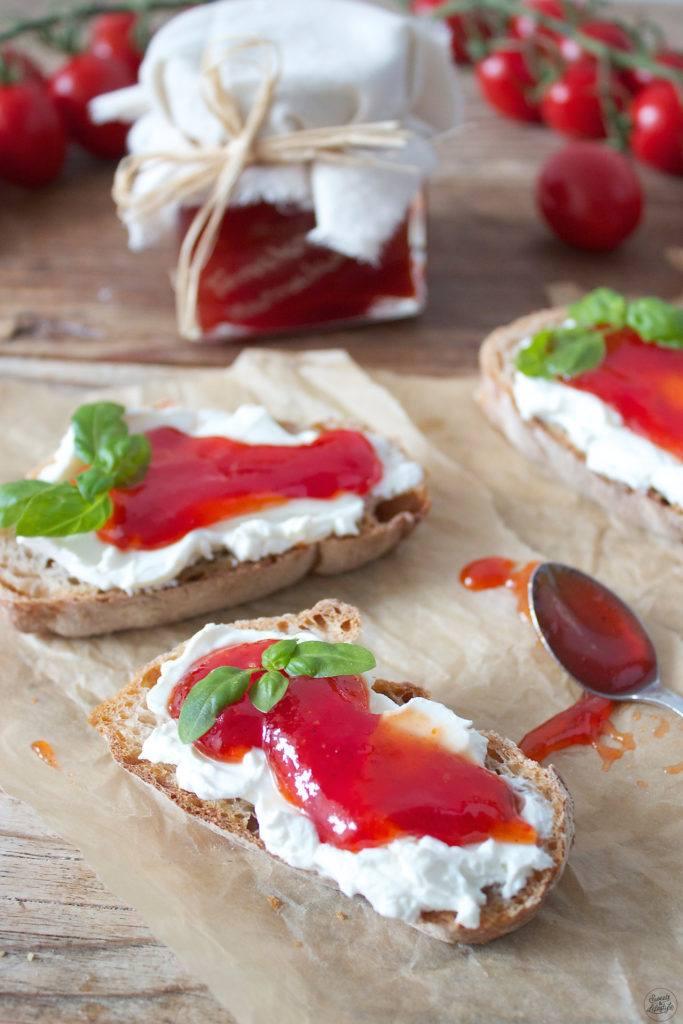 Koestliche Tomatenmarmelade nach einem Rezept von Sweets & Lifestyle