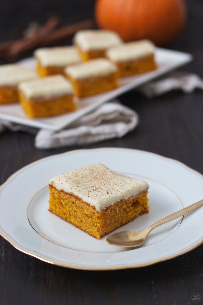 Köstlicher, würziger Kürbiskuchen nach einem Rezept von Sweets & Lifestyle