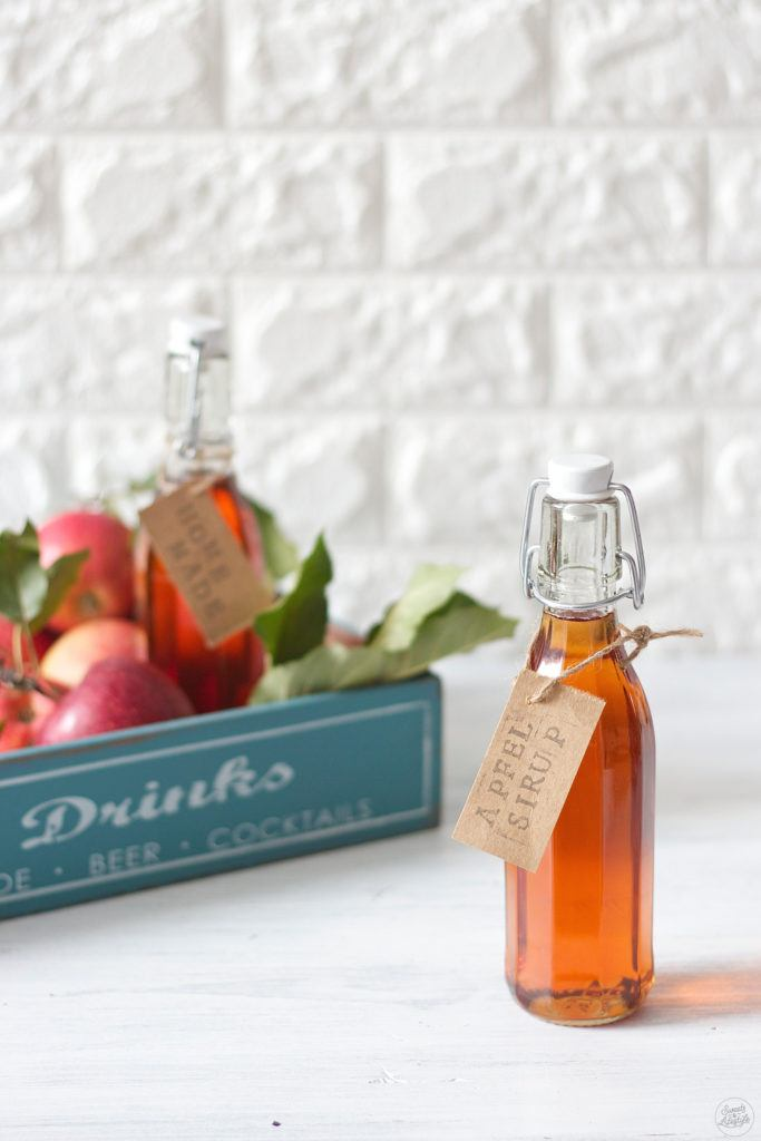 Leckerer Apfelsirup selbst gemacht von Sweets & Lifestyle