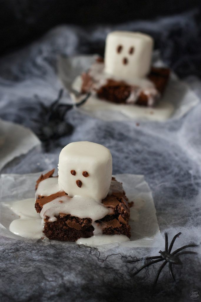 Spooky Boo Brownies (Geisterbrownies) für Halloween von Sweets & Lifestyle
