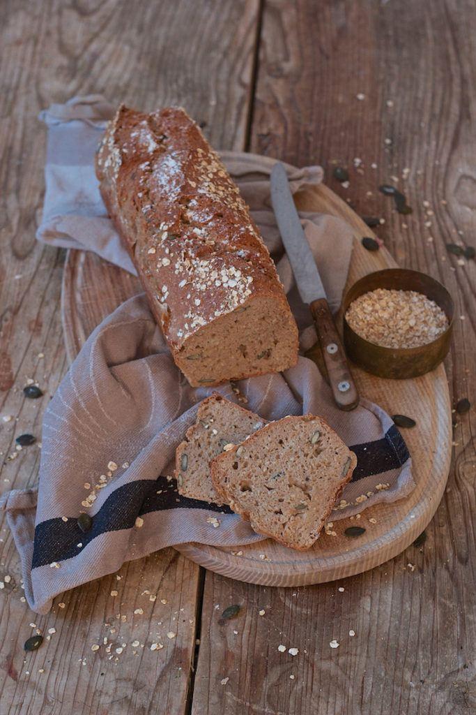 Schnelles Körndlbrot mit Kürbiskernen und Haferflocken von Sweets & Lifestyle®