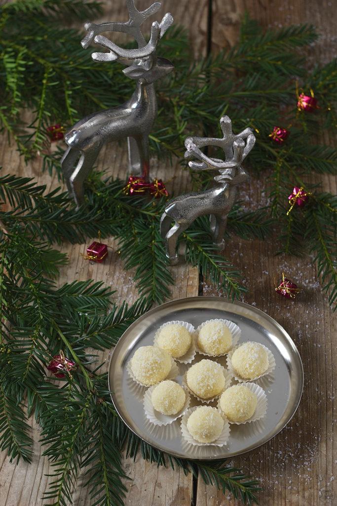 Raffaellokugeln für Weihnachten von Sweets & Lifestyle®