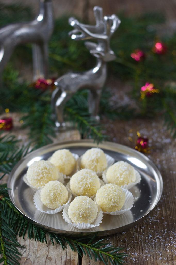 Raffaellokugeln als Weihnachtskekse von Sweets & Lifestyle®