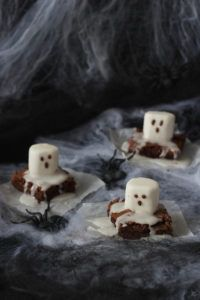 Spooky Boo Brownies für Halloween von Sweets and Lifestyle