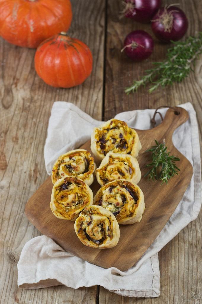 Hefeschnecken mit Kürbis und Feta gefüllt von Sweets & Lifestyle®