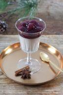 Lebkuchen Panna Cotta mit Kirschsauce von Sweets & Lifestyle®