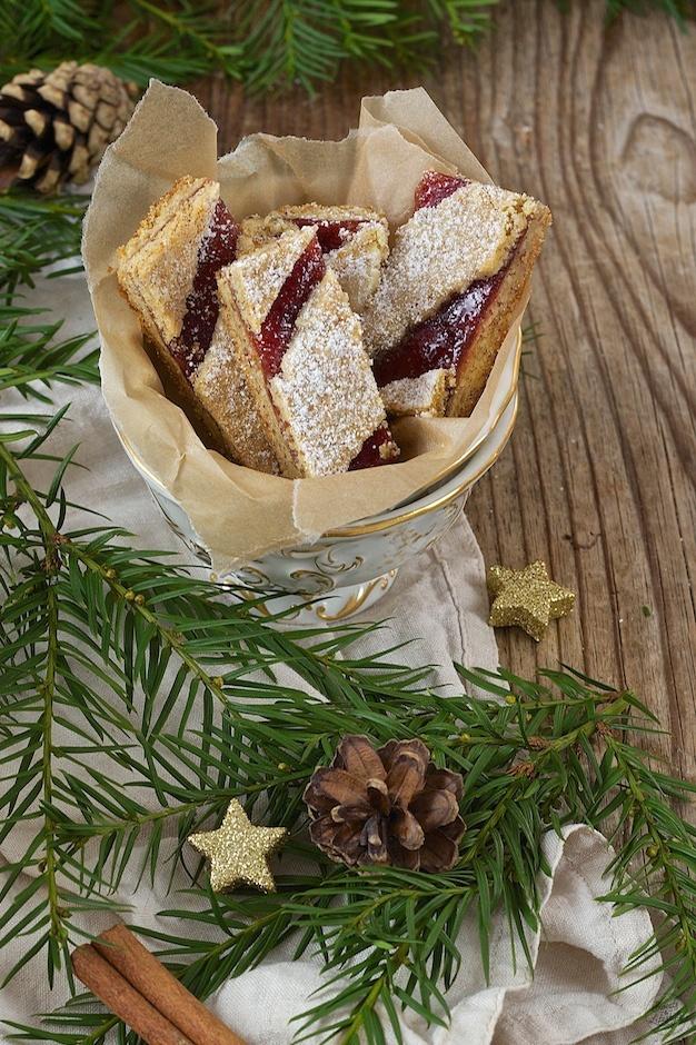Linzer Streifen als Weihnachtskekse von Sweets & Lifestyle®