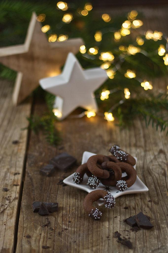 Mürbe Schokokipferl als Weihnachtskekse von Sweets and Lifestyle®