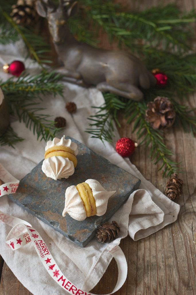 Zwickerbusserl dürfen beim Weihnachtskekse backen bei Sweets & Lifestyle® nicht fehlen