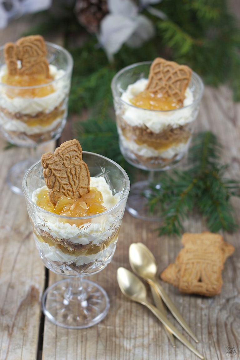 Dessert Zum Weihnachtsessen.Bratapfel Spekulatius Dessert