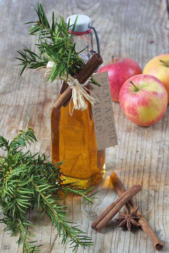 Bratapfelsirup Rezept von Sweets & Lifestyle®