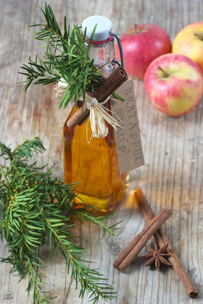 Bratapfelsirup als Geschenk aus der Küche von Sweets & Lifestyle®