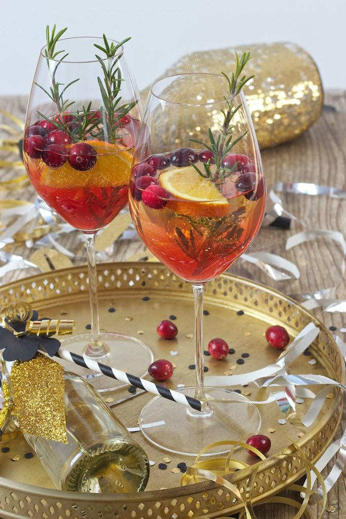 Prickelnder Cranberry Orange Spritz mit Rosmarin von Sweets & Lifestyle®