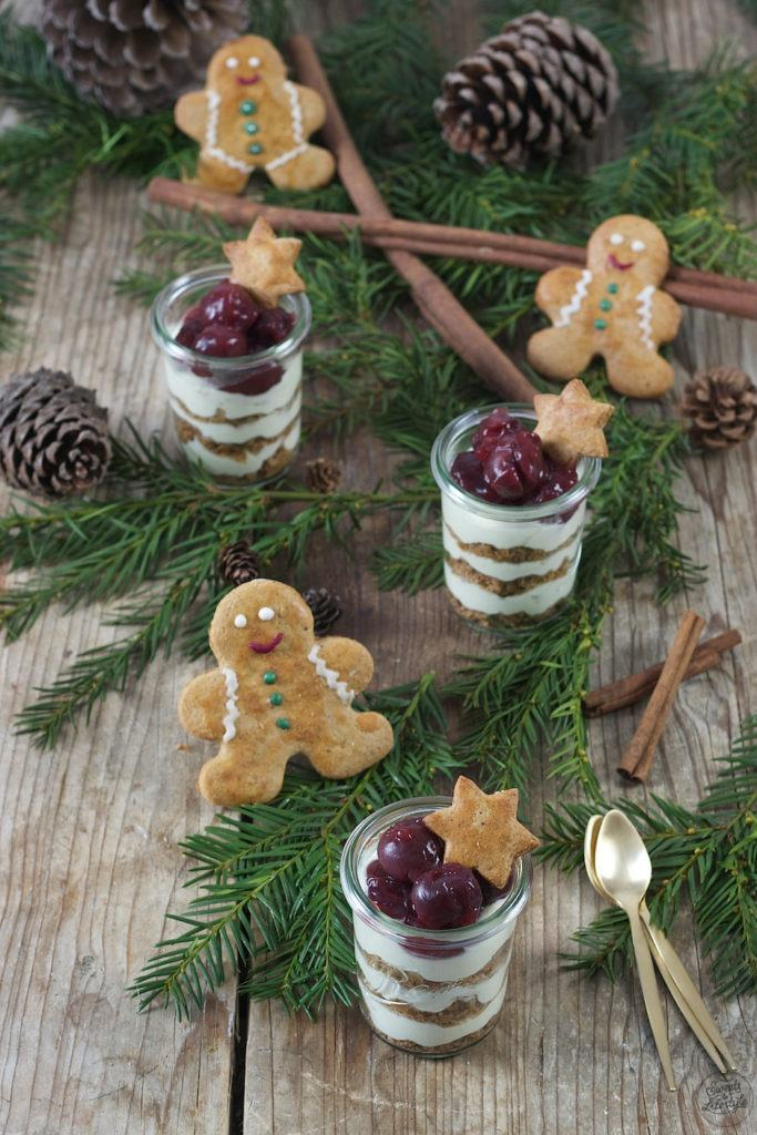 Lebkuchen Tiramisu im Glas mit Kirschen von Sweets & Lifestyle®
