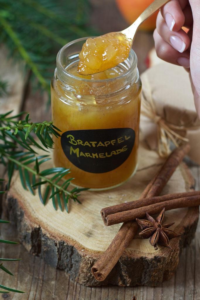 Leckere Bratapfelmarmelade mit Amaretto von Sweets & Lifestyle®