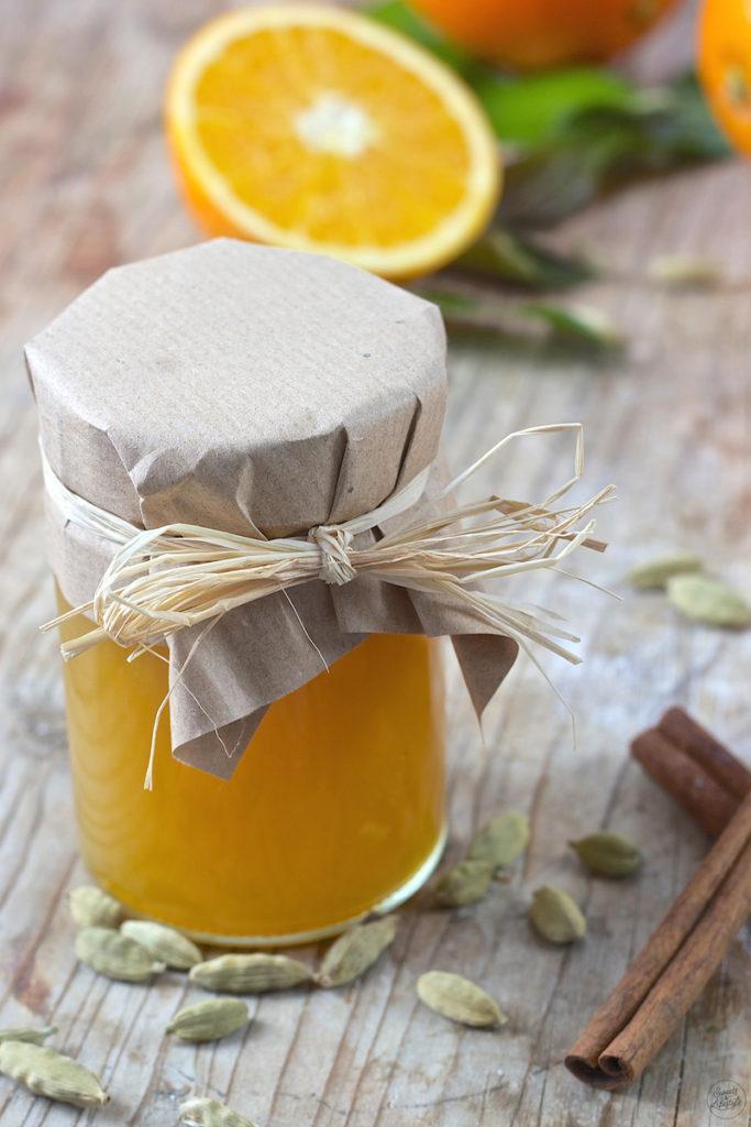 Selbst gemachte Orangenmarmelade mit Kardamom und Zimt von Sweets & Lifestyle®