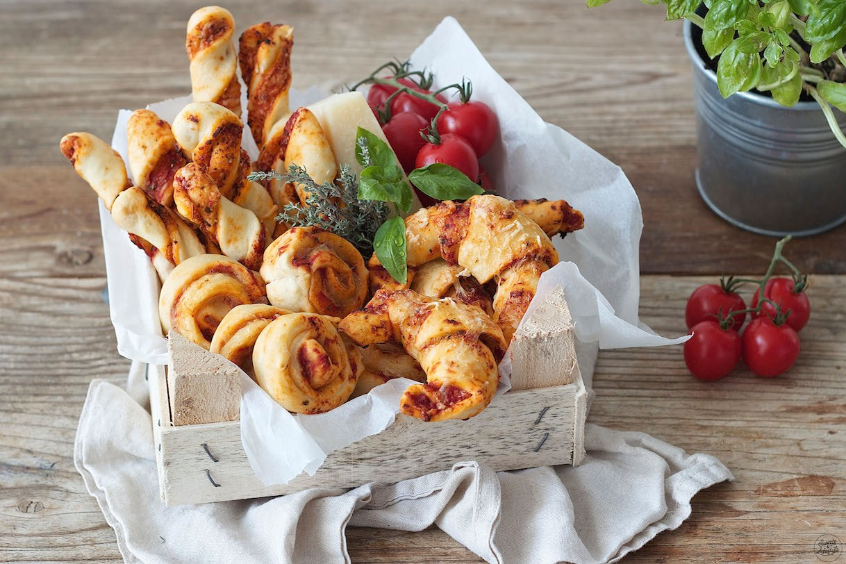 Pizzakipferl Fingerfood Rezepte Sweets Lifestyle