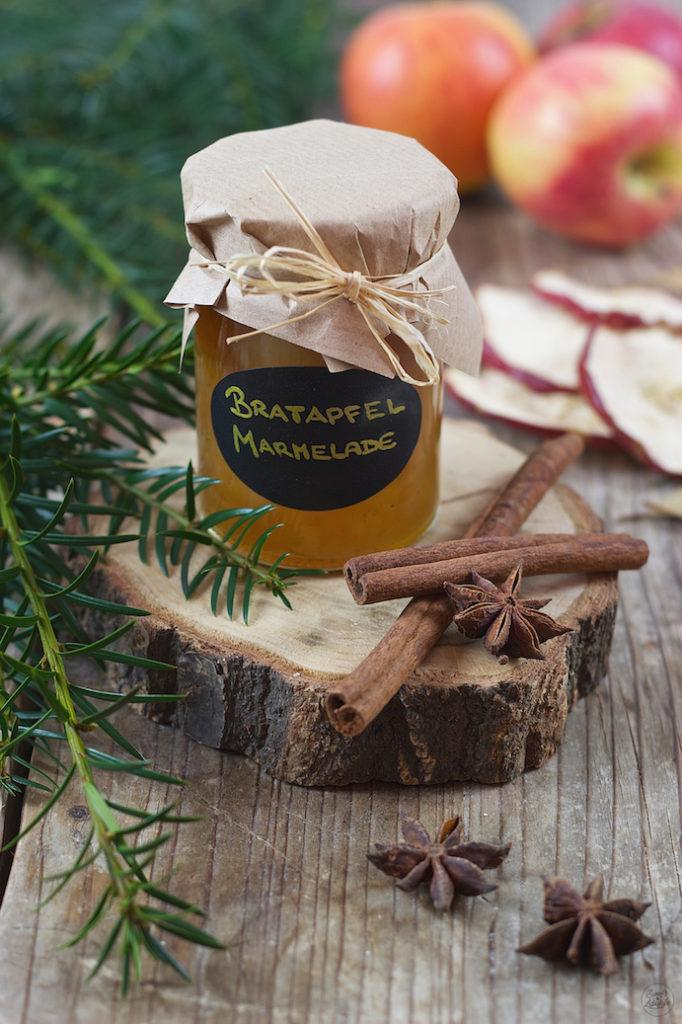Selbst gemachte Bratapfelmarmelade mit Amaretto von Sweets & Lifestyle®