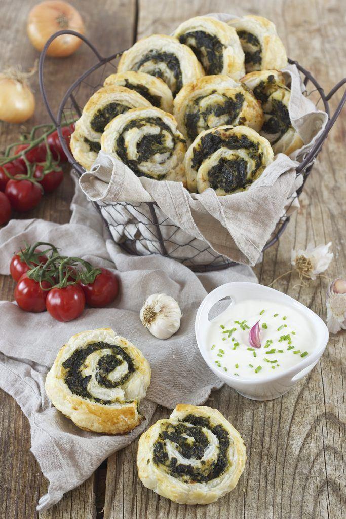 Blätterteigschnecken mit Spinat und Feta von Sweets & Lifestyle®