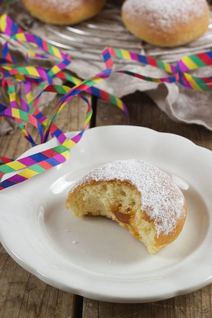 Faschingskrapfen aus dem Backofen mit Marillenmarmelade von Sweets & Lifestyle®