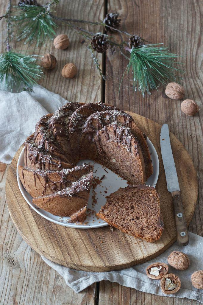 Keksreste von Weihnachten verwendet für den Keksreste Gugelhupf von Sweets & Lifestyle®
